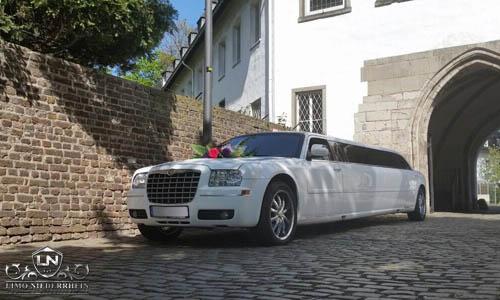 Chrysler 300 C Stretchlimousine 2