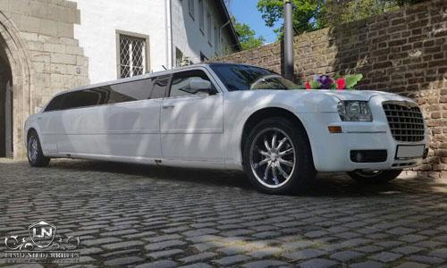 Chrysler 300 C Stretchlimousine 3